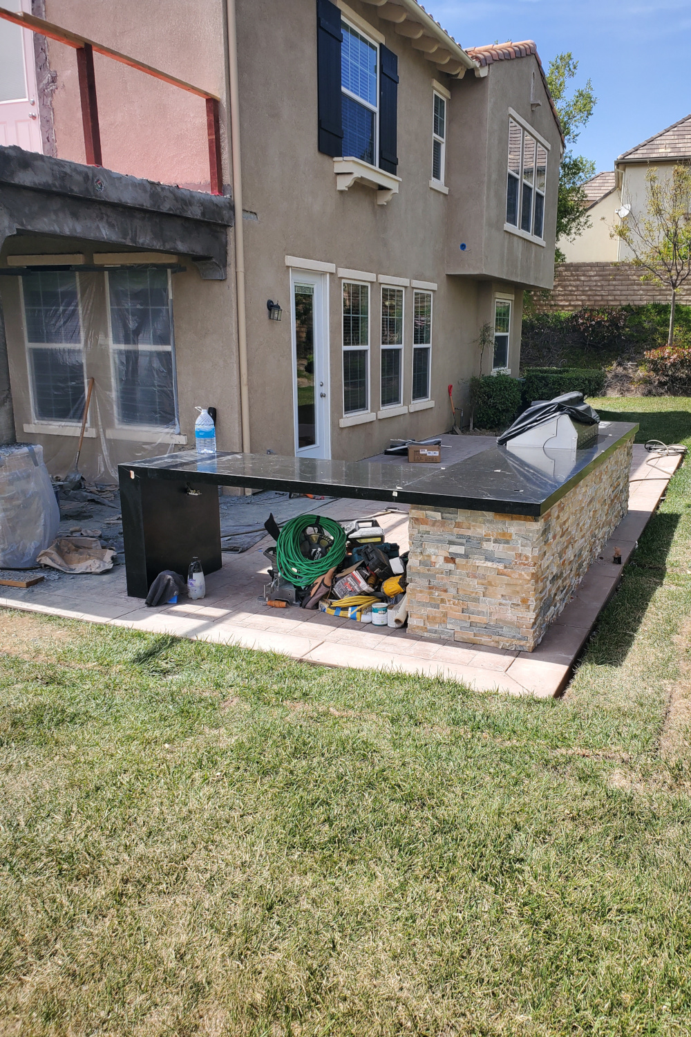 Outdoor kitchen granite installed