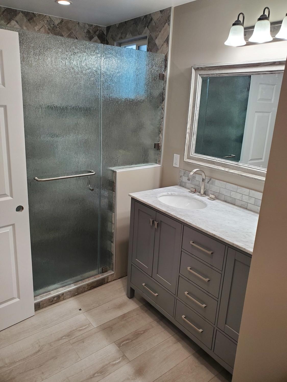 Bathroom reodel Woodland Hills
