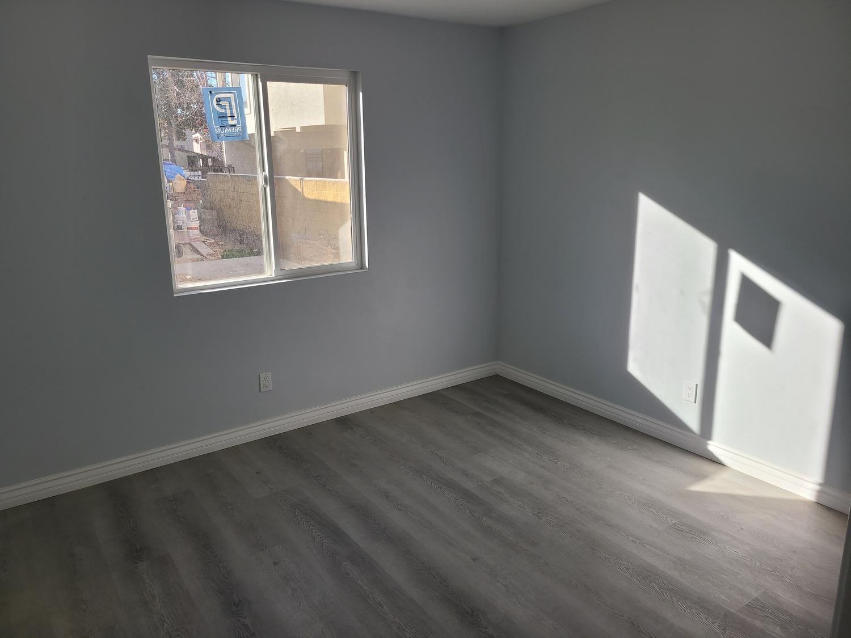 Glendale addition-Bedroom
