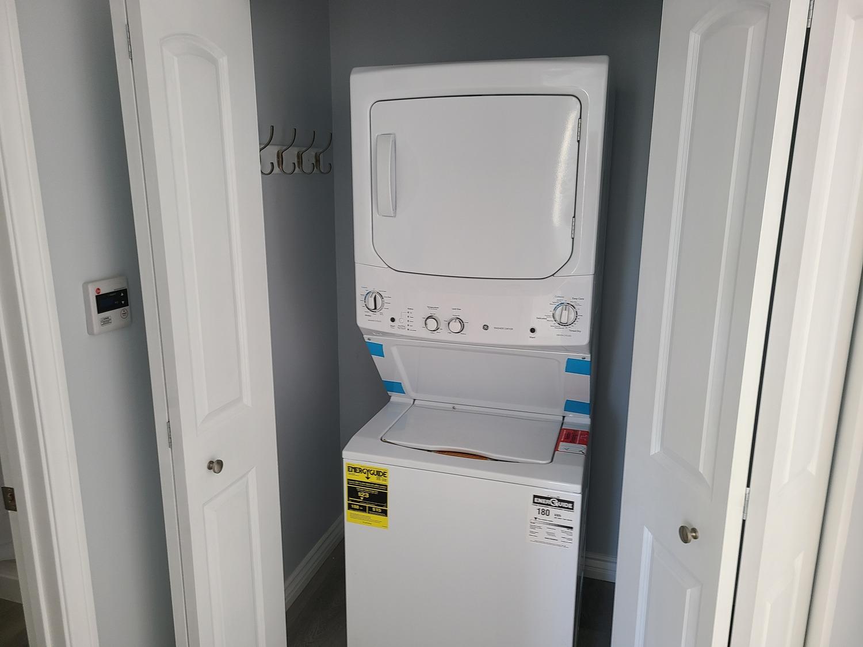 Glendale addition-Laundry area